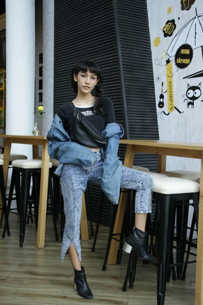 Hot Promo Waist Bag / Tas Pinggang Wanita / Belt Bag Hitam Termurah!! By Mardiyah Fashion Store.