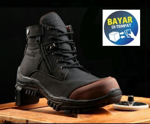 Sepatu Boots Safety Raigar Trail Armor Original b0c57e67a3