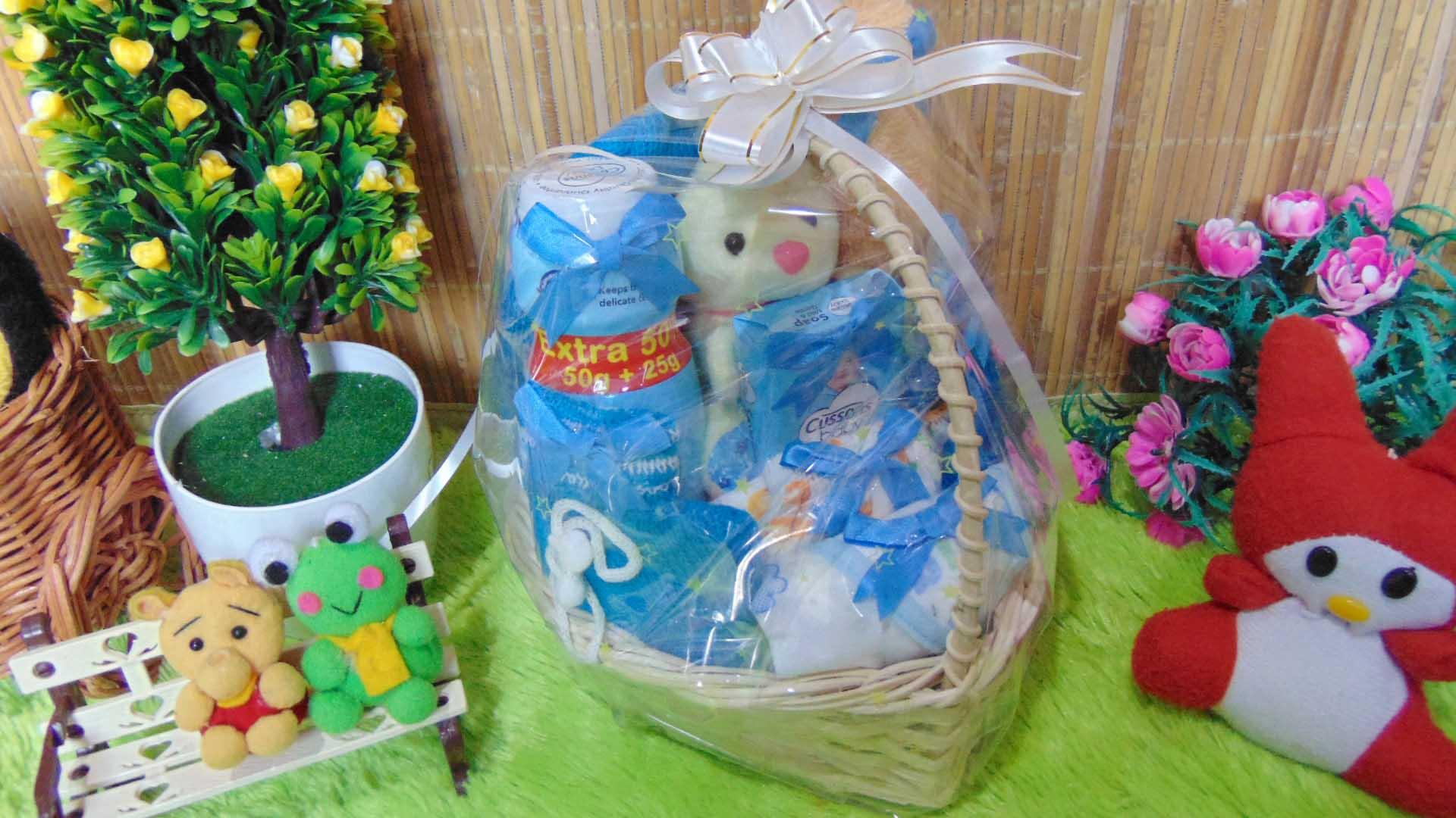 kembarshop- TERLARIS paket kado bayi baby gift kado melahirkan keranjang LITTLE LOVE komplit- parcel
