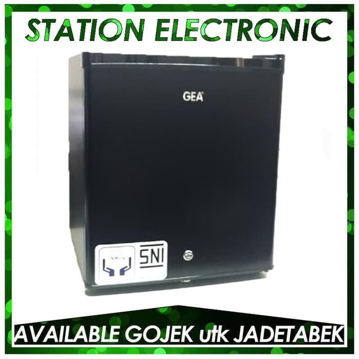 Gea Mini Bar Rs-06Dr Kulkas Portable - Black ..