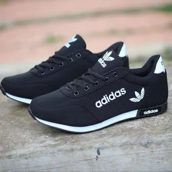 Sepatu Sneakers Sport ADSH HITAM