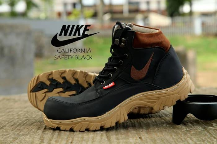 Sepatu Boots California Safety