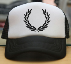 Custom Concept Trucker Hat Fred Perry - Hitam/Putih