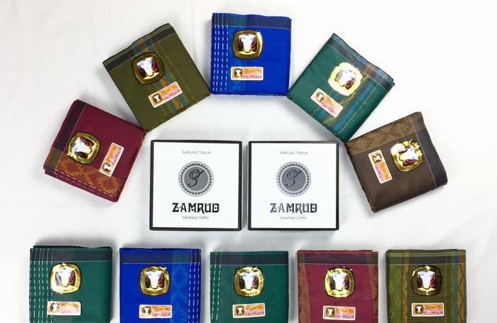 [PROMO RAMADHAN] Sarung Tenun Zamrud Dobby (Grosir) 1 Dus isi 10 pcs // Distributor Sarung / Sarung Dewasa / Sarung Murah / Sarung Tenun / Sarung Seragam