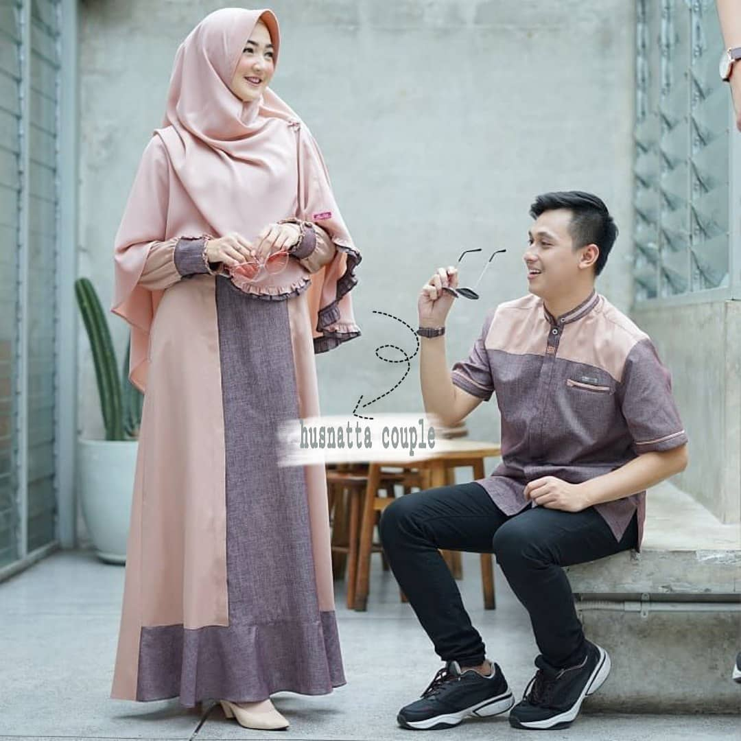 Husnatta Couple ( Pria & Wanita )+ ( FREE HIJAB ) / COD / Gamis Couple  Pasangan / Gamis Wanita / Baju Couple Muslim / Baju Muslim Pria / Baju  Couple