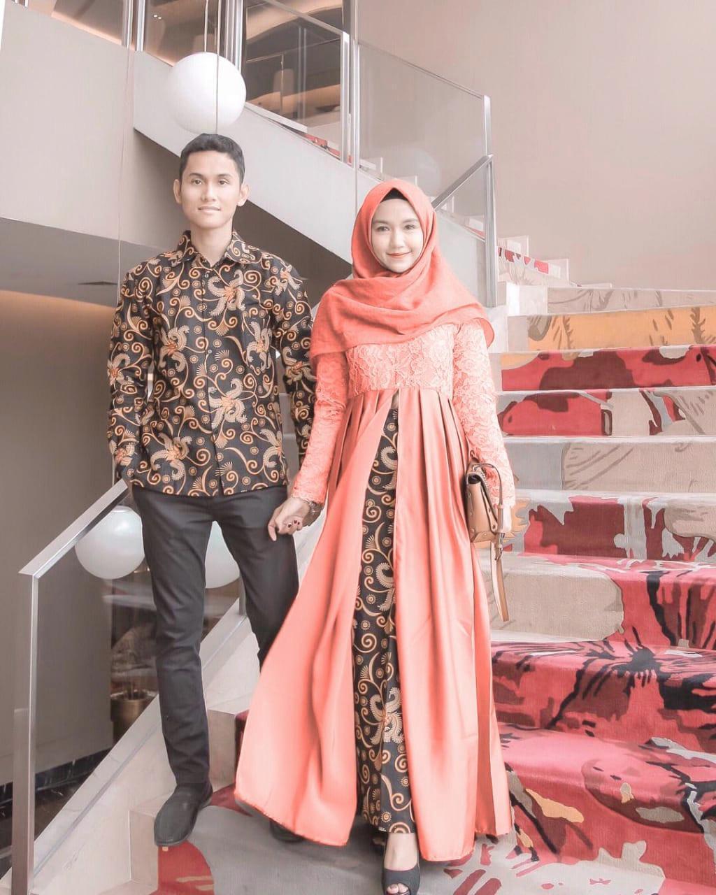 Termurah - Batik Couple / Couple Batik / Baju Muslim Wanita Terbaru 2018 / Batik Murah / Batik Sarimbit / Baju Batik Couple Modern / Batik Kondangan / Batik Keluarga / Batik Pekalongan - Baju Batik Cp Anami By Toko Batik Exclusive.