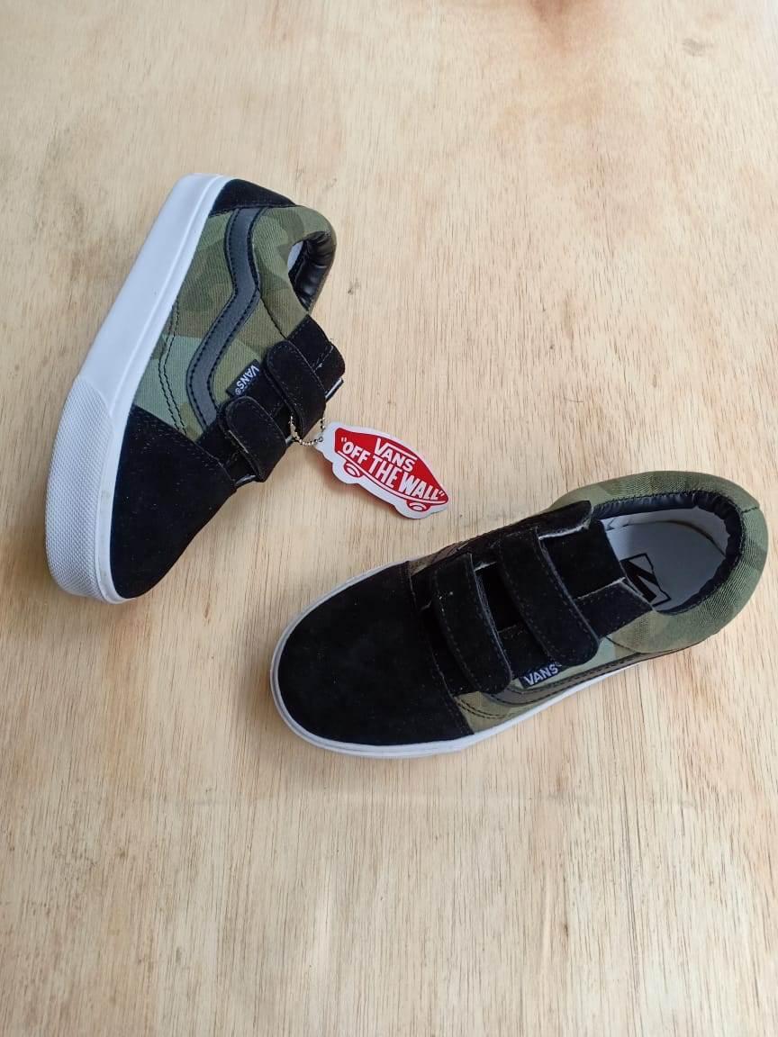 Sepatu fashion old schol army anak-anak