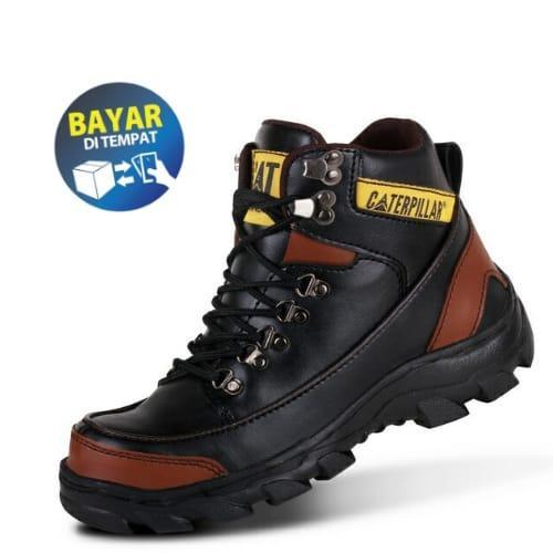 Sepatu Boots Safety terlaris Termurah Caterpilar Argon a413fb84a9