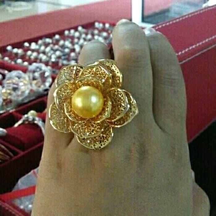 Perhiasan Cincin Mawar Besar Rodium Mutiara Air Tawar Lombok By Titi Pearls.