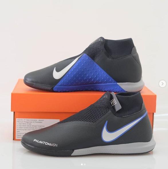 Sepatu Futsal Original Nike Phantom Vision Academy IC Fast Forward Pack 674515f33f