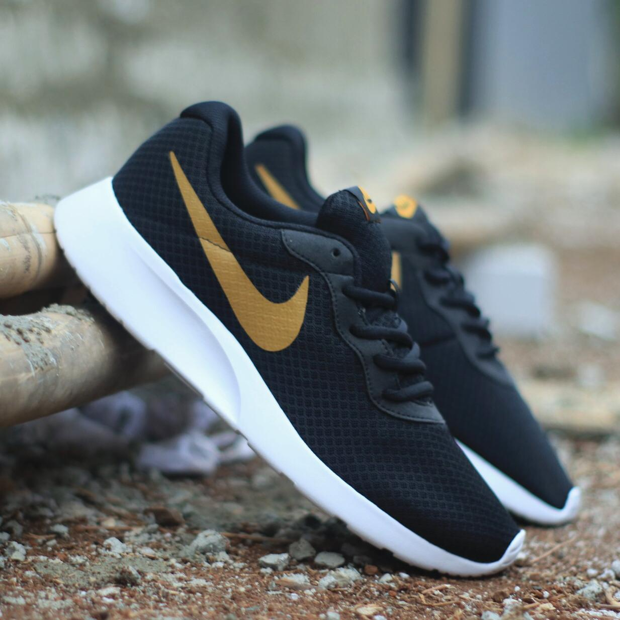 sepatu sneakers nike TANJUN BLACK white  swosh gold