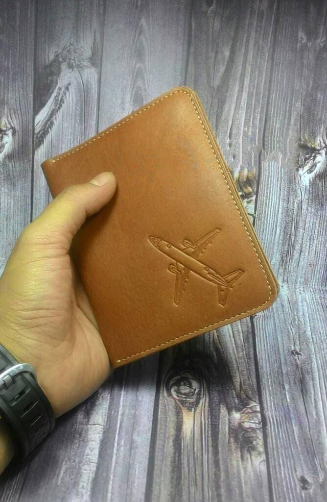 Dompet Passport/paspor Kulit Sapi Logo Pesawat Terbang Asli Garut - Cokelat Muda By Palace Goods.