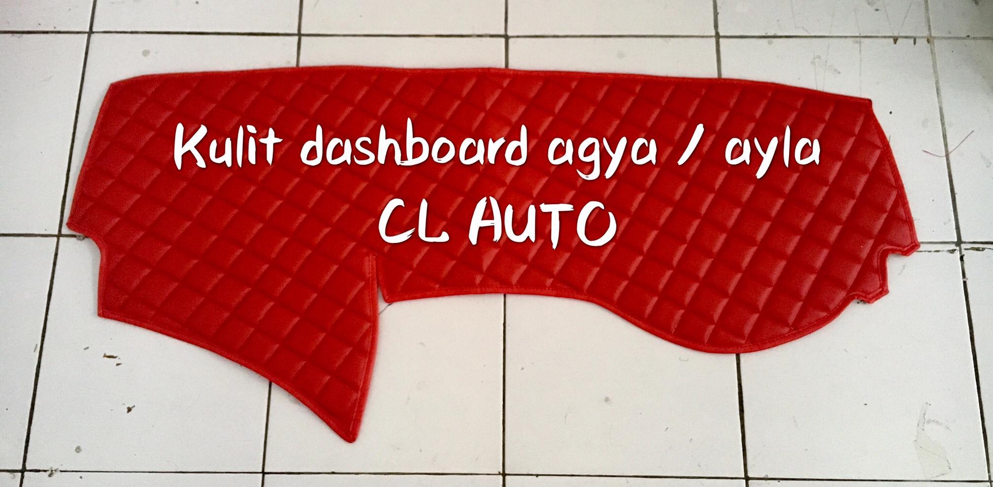 alas pelindung dashboard bahan kulit untuk mobil agya warna merah total / cover pelindung dasbot kulit ayla warna merah polos / tatakan dashboard kulit premium
