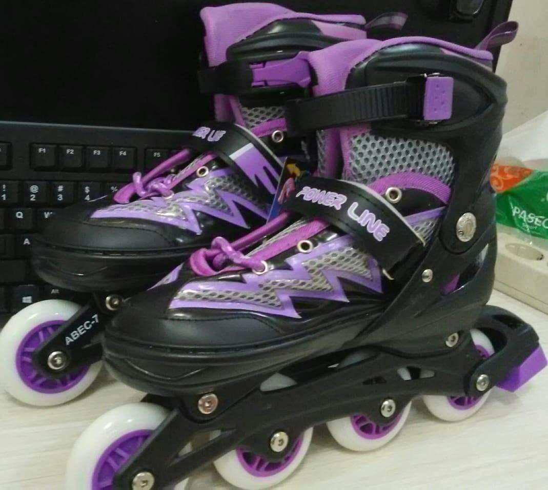 Sepatu Roda Power Line BAJAJ Dengan Ban Atom / Karet PVC Inline Skate Ungu Anak