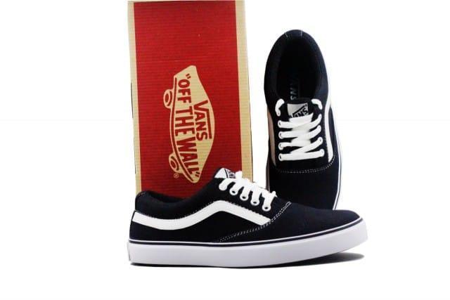 Sepatu Vans Pria   Wanita Sepatu Sneakers Unisex 002 8e7a2bf5da