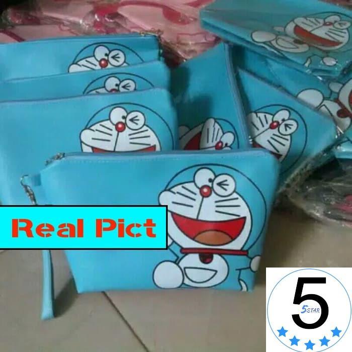 Tas / Pouch / Dompet Kosmetik Serbaguna Doraemon 5star - Bahan Longchamp Type Cci Coulomb Import By 5 Star.
