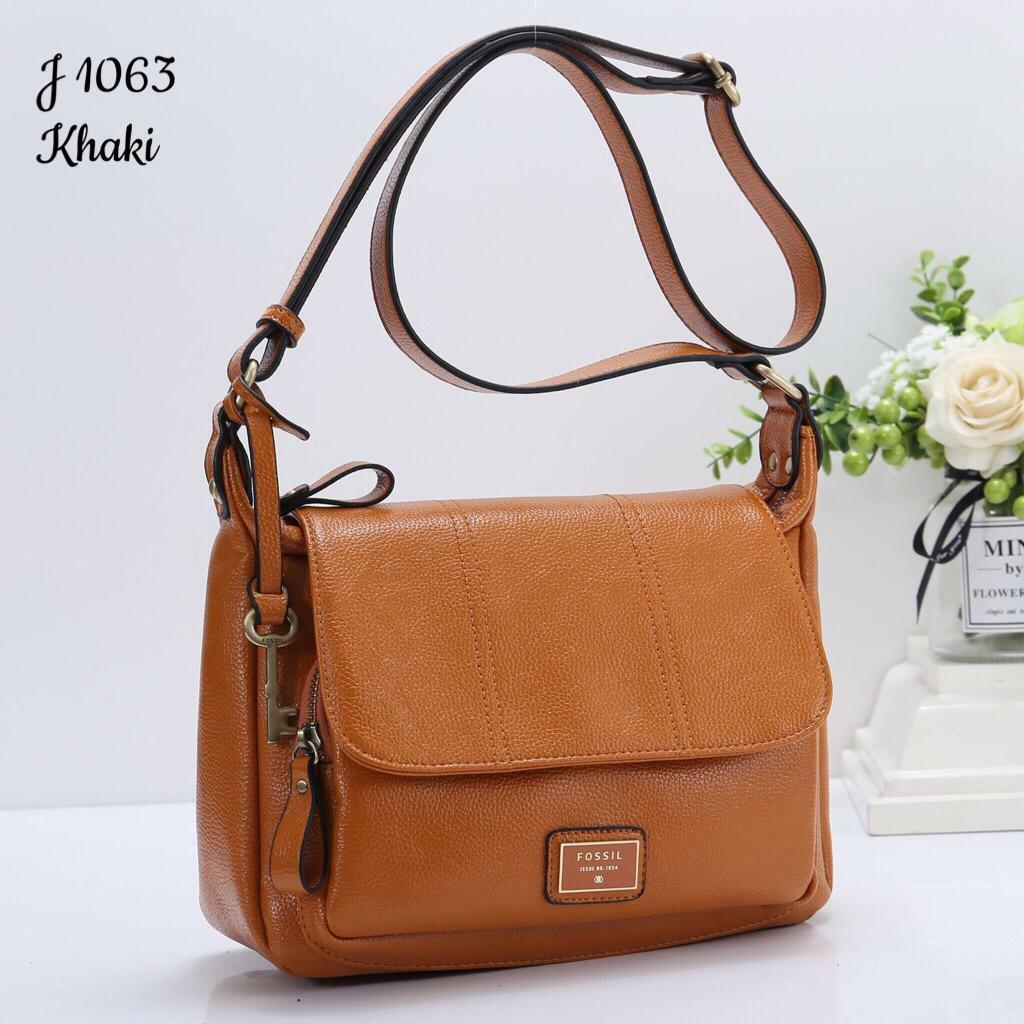 tas wanita Fossil Satchel Flap Crossbody selempang mewah branded import  elegan cantik tas kerja cewek kekinian 7ff1ad77cf