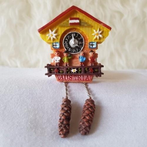 Pencarian Termurah Gloria Bellucci - Magnet Kulkas Austria Jam harga penawaran - Hanya Rp27.126