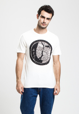 Ulasan Levi S Commuter Drop Hem Tee White