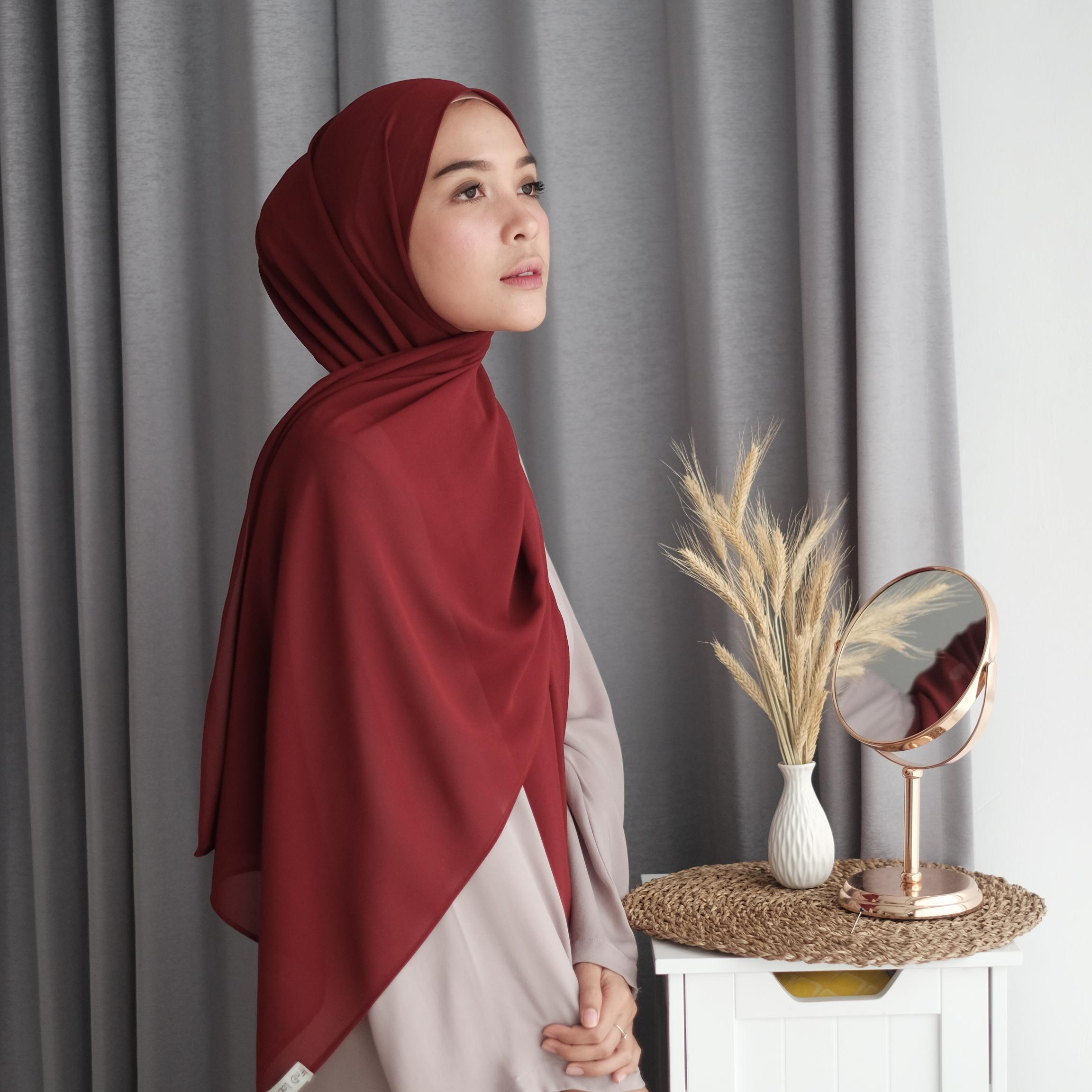 Jilbab pashmina ceruty maroon