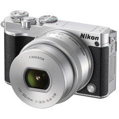 Nikon 1 J5 Kit 10-30mm - 20.8MP - Silver