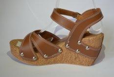 Beli Unix Shoes Wedges Sandal Cokelat Secara Angsuran