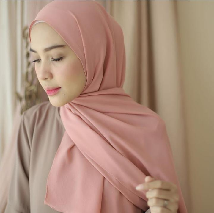 Kerudung Pasmina Jilbab Pasmina Hijab Pasmina Polos Basic Panjang Jilbab Diamond Italians Diamond Crepe Pashmina Diamond Lazada Indonesia