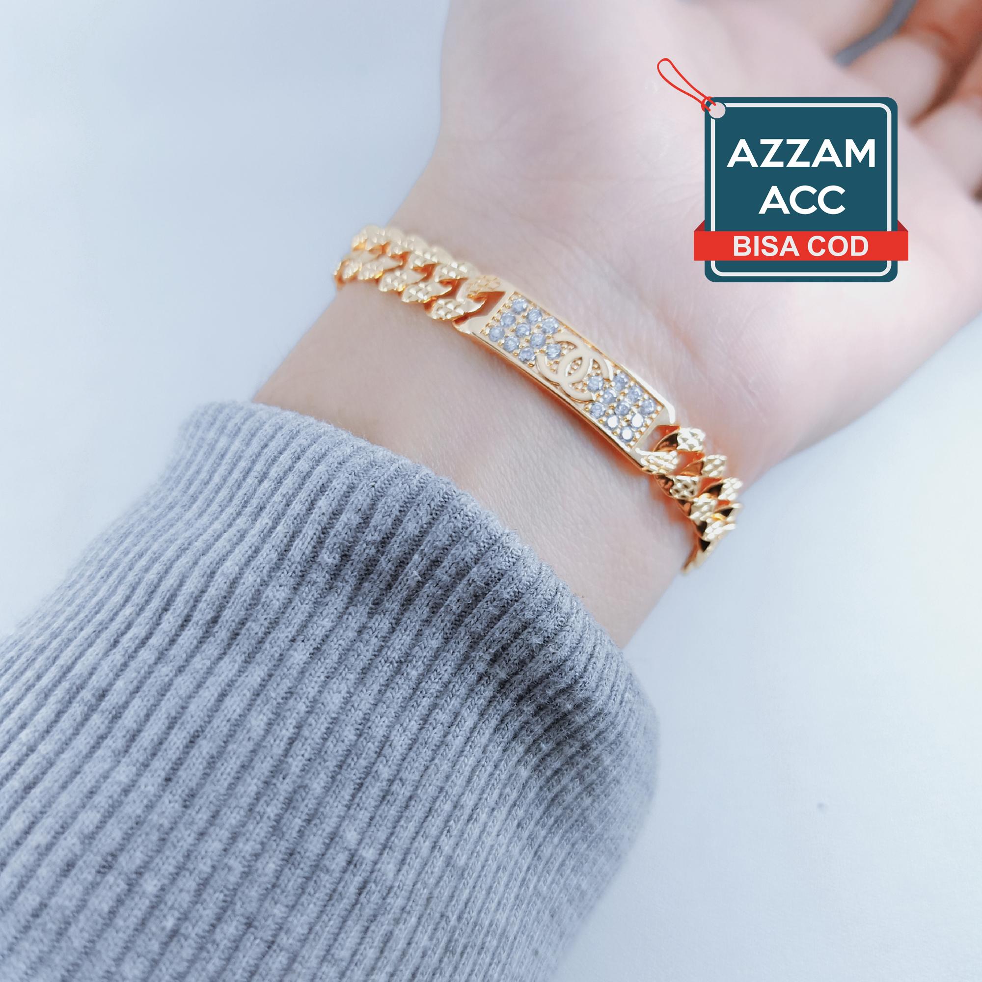Spesifikasi dari Gelang Rantai Plat Marcos Motif chanel Gold 3 terlihat seperti emas asli