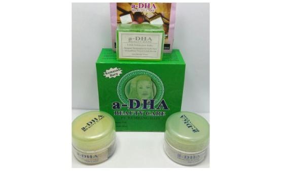 ... Obral Adha Paket Cream Pemutih Wajah Pink Usia 20 40 Tahun 3 Pcs