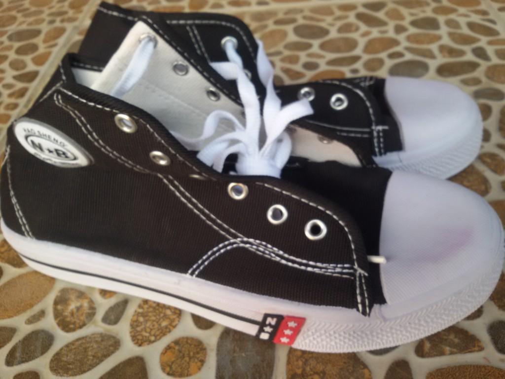 Sepatu Nb Sd Smp Sma Sepatu Hitam Putih Sepatu Sekolah Sepatu
