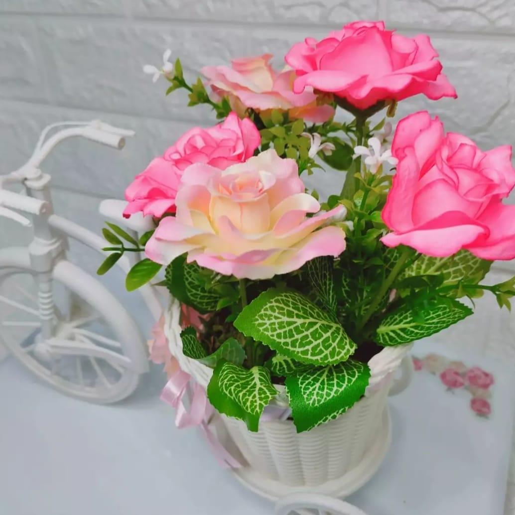 Harga Promo Buket Bunga Sepeda Keranjang Bunga Pink Besar Atau Bunga Rose Pink Pot Kotak Pagar Bunga Artificial Pajangan Bunga Bunga Hias Lazada Indonesia